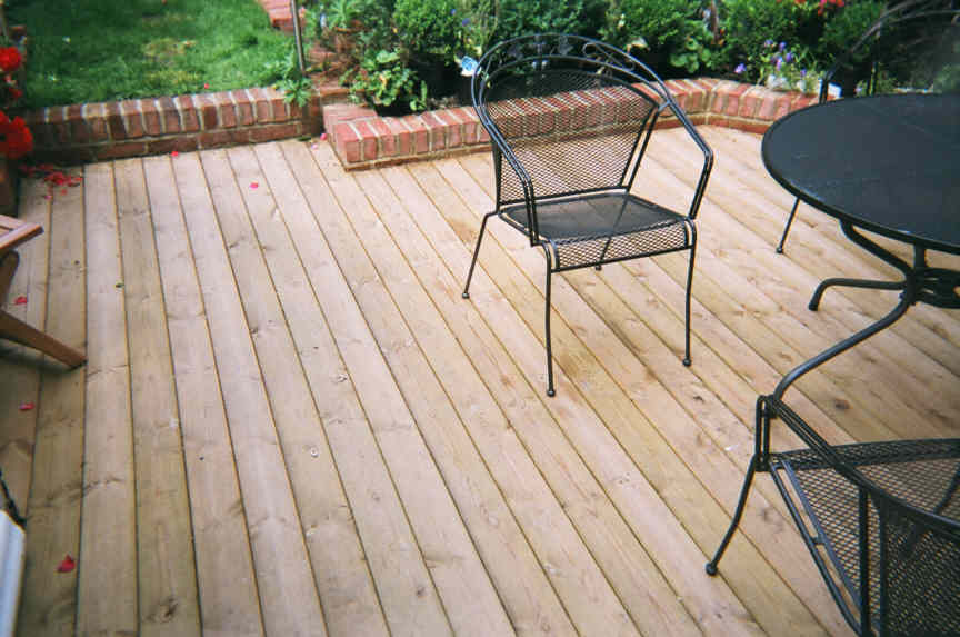 Decking boards can be laid eother side upwards
